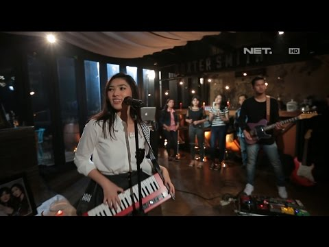 Isyana Sarasvati - Pesta (Live At Music Everywhere)