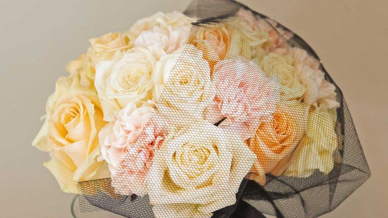 How To Hand Tied Rose Wedding Bouquet 1960s Style