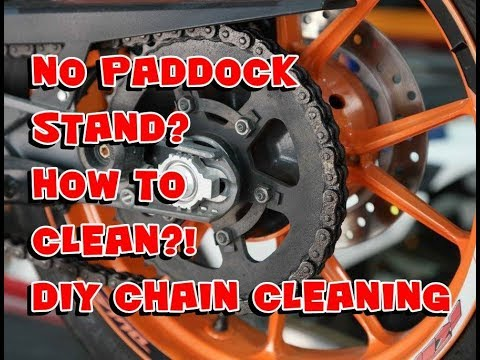 HOW TO CLEAN BIKES CHAIN WITHOUT PADDOCK STAND | CHAIN CLEANING TIPS | DIY | MOTORCYCLE CHAIN CLEAN
