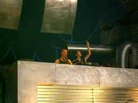 Pila & DJ Hellraiser - Live @ Decibel Outdoor 2006