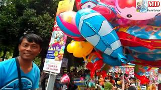 Qyla Makan Es Cream & Beli Balon Karakter Balon Terbang Upin Dilepas Ke Langit  - TumHiHo Busyrolana