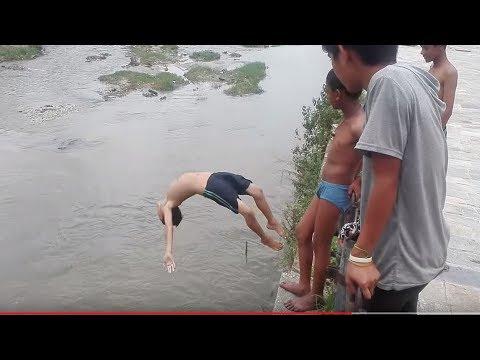 Diving into Bagmiati River