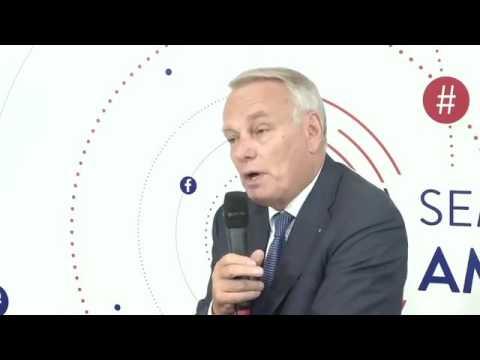 Social room - Interview de Jean-Marc Ayrault
