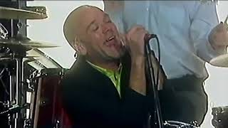 The Vinyl Buzz brings you a YouTube first! This is R.E.M Live at MT...