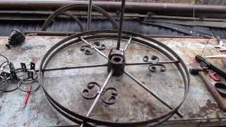 видео Кованые люстры: красота в деталях