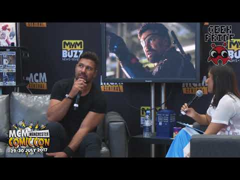 with Manu Bennett at MCM Manchester 2017