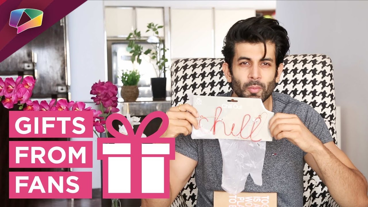Namik Paul Receives Gifts From His Fans | Exclusive | India Forums