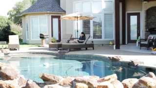 Erin the Insurance Chick: Pool Party