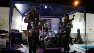 Redneck a Pior Banda do Sul tocando Chattahoochee e  Bad Day (Musica Própria)