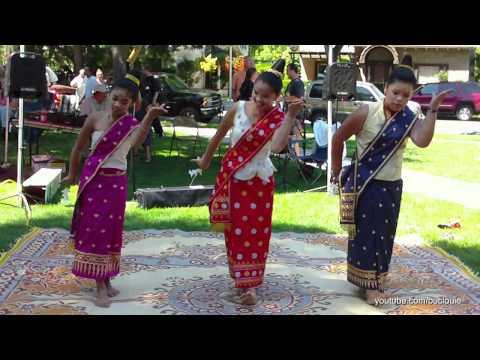Lao Girls - Duang Champa Dance
