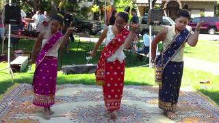 Video Lao Girls - Duang Champa Dance download MP3, 3GP, MP4, WEBM, AVI, FLV Juni 2018