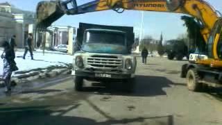 Таджики заводят ЗиЛ
