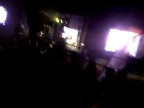 Vaal Beach Party 2012 (Ralf Gum Feat Oluhle - Linda) Note: This video was captured with a phone