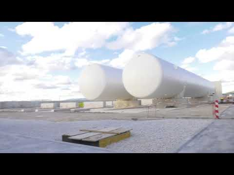 New LNG Tanks arrive at power station