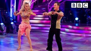 Sid Owen & Ola Jordan dance to