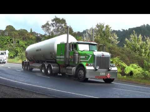 Will Bishop Trucks NZ, Mt Messenger
