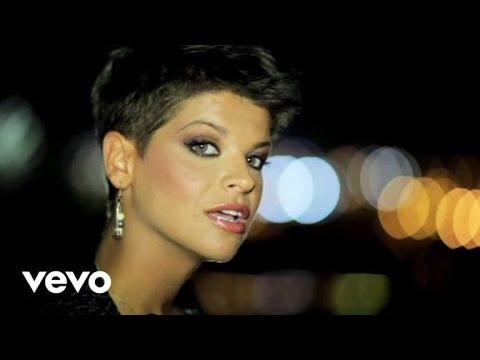 Alessandra Amoroso - Estranei a partire da ieri (videoclip)