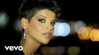Смотреть клип Alessandra Amoroso - Estranei A Partire Da Ieri