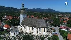 Sankt Jakobus in Lenggries - Kirche von oben - Drohne
