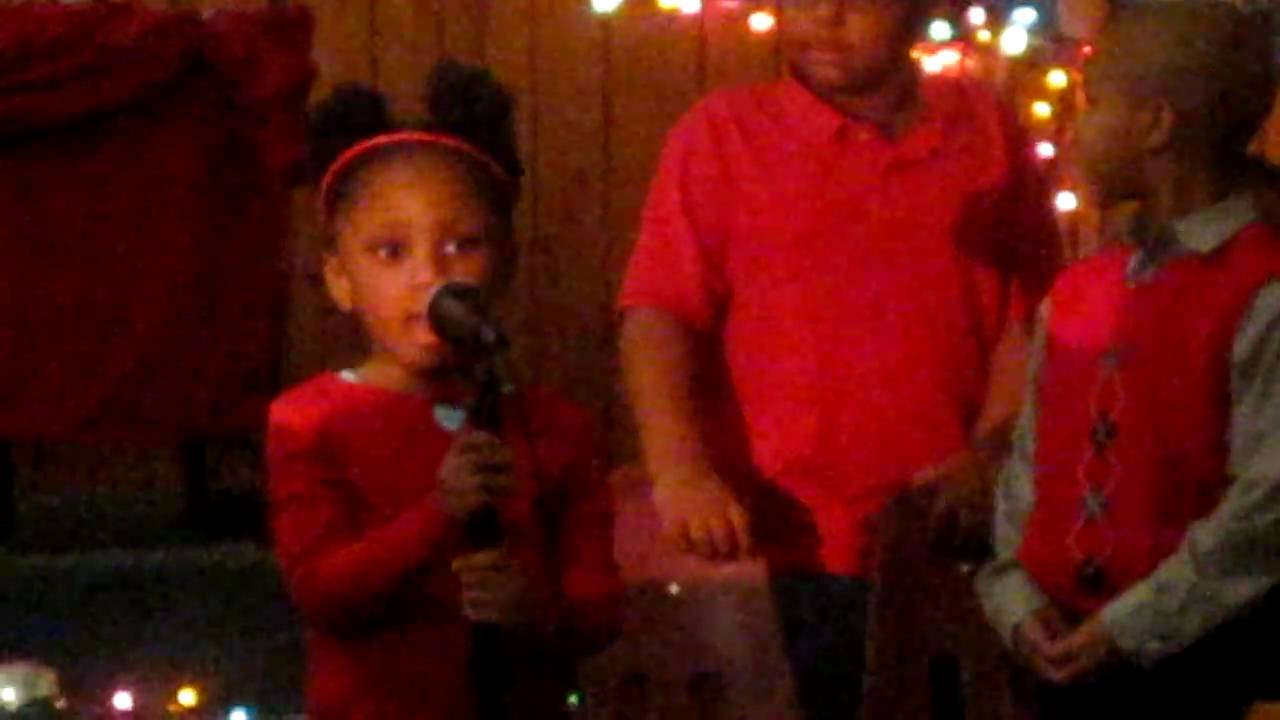 Little Girl Singing Christmas Song To Baby Jesus Youtube