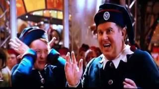 Vince Vaughn in Fred Claus - Elvis' Rubberneckin'