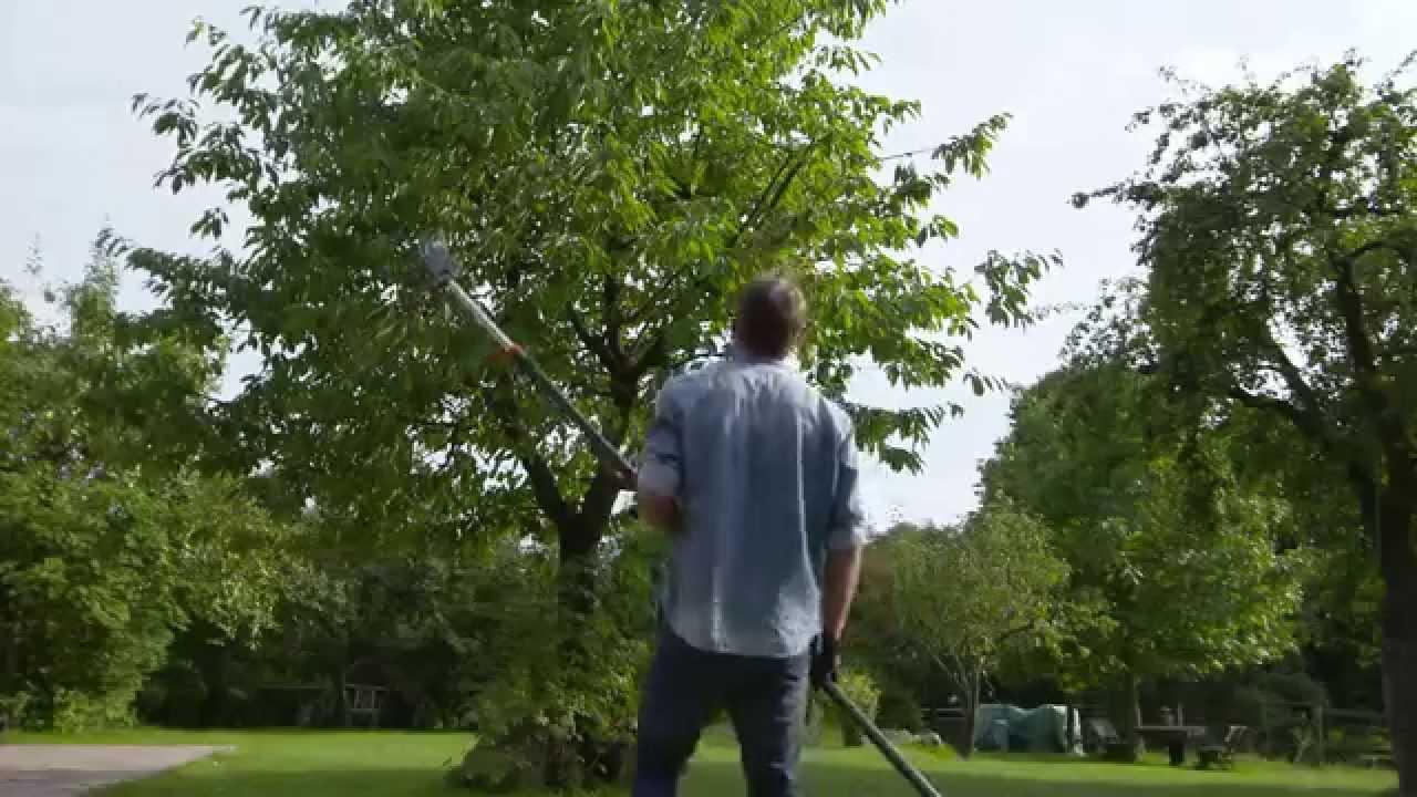 gardena comfort pruning lopper starcut 160 bl telescopic pruning lopper starcut 410 youtube. Black Bedroom Furniture Sets. Home Design Ideas