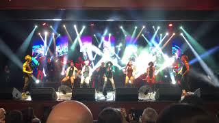Hande Yener - Emrine Amade (24.02.2018 MOİ Sahne Konseri)