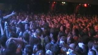 Noize MC -Прыжок в зал (ГлавClub 17/10/09)