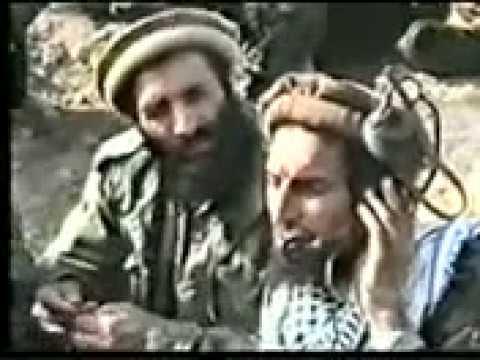 قهرمان ملی افغانستان (شير پنجشير) در حال رهبری جنگ thumbnail