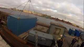Перевозка контейнера 20ф(16.11.2012г. Санкт-Петербург. Компания Градус. Контейнер весом около 7 тонн. Манипулятор HMF 4720 на шасси Scania P380...., 2012-11-26T23:58:53.000Z)