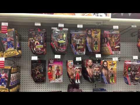 WWE Toys R Us Toy Hunt!! It's Lit!! Omg!!