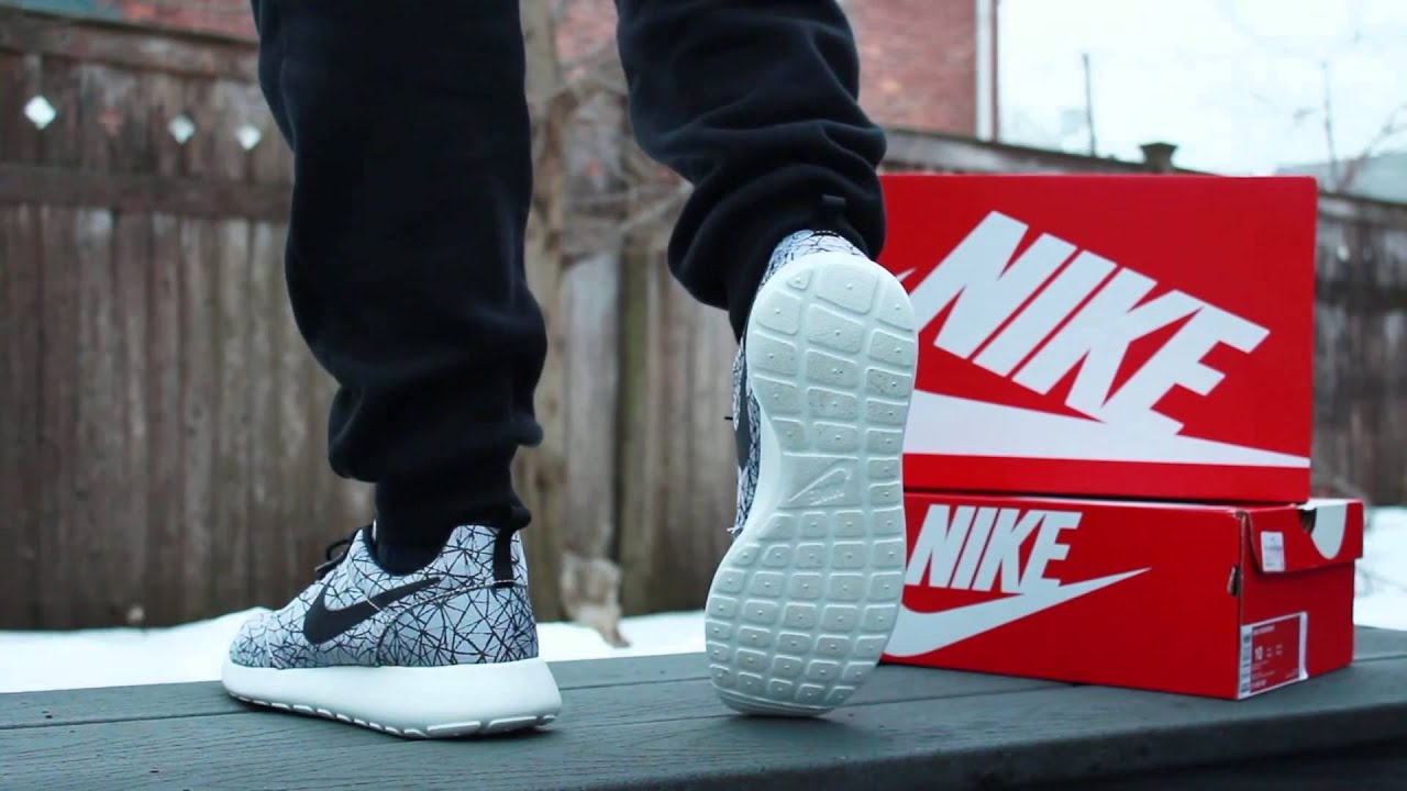 Looks - Roshe Nike run camo on feet pictures video