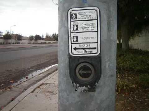 Polara Navigator Pedestrian Pushbutton