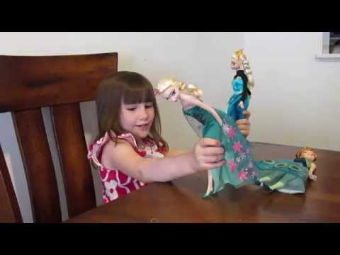 25- Disney Frozen Fever Elsa and Anna Dolls Toy Unboxing and Review: Part 2