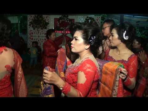 Pernikahan Adat Batak Swandi Dan Dewi Di Tigalingga Disc 3