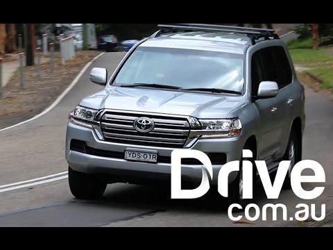 Toyota LandCruiser GXL Review | Drive.com.au