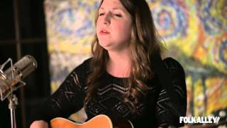[3.21 MB] Folk Alley Sessions at 30A: Caroline Spence,