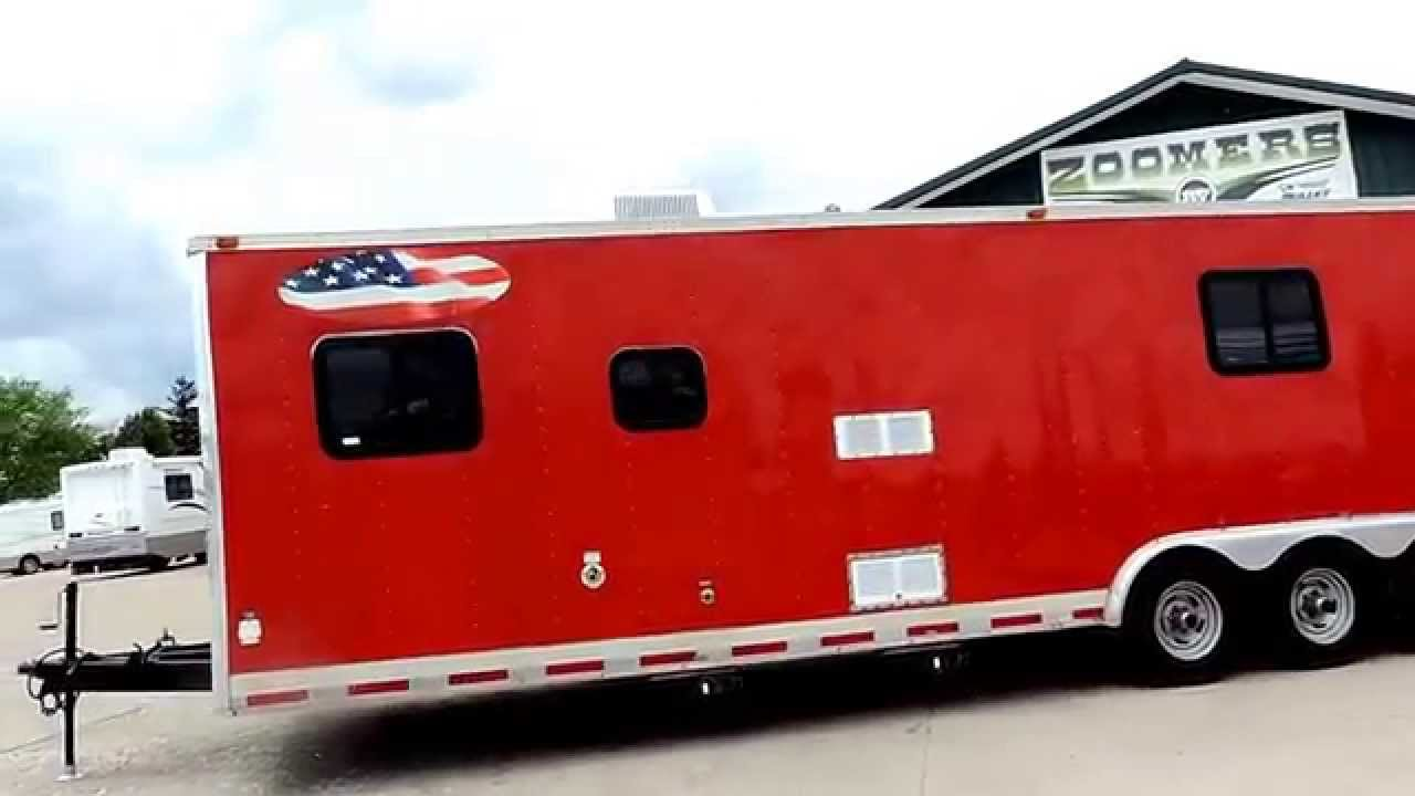 Nice Big 36 2003 Vintage G Thunder Race Car Trailer With Living