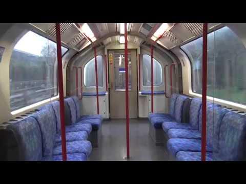 Metro de Londres : 1992 Stock Central Line : Voyage entre les stations White City et North Acton