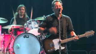 Bruce Springsteen - Jay Weinberg on drums at Radio nowhere - Mönchengladbach 5.7.2013