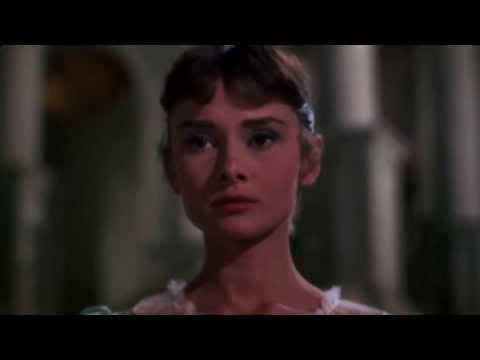 Audrey Hepburn: Elegant Beauty