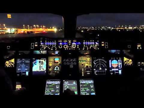 Qantas - Cpt Ross McDonald Final Flight A380 Landing Sydney
