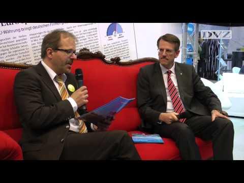 Rotes Sofa: Frank Schnabel im DVZ-Interview