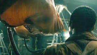 【穷电影】男子意外进入军方实验室,看到里面的实验对象,吓的不敢出声