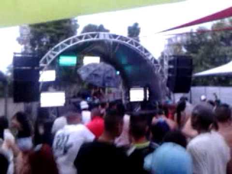 Le Rodrigues @ UNIVERSE 08-04