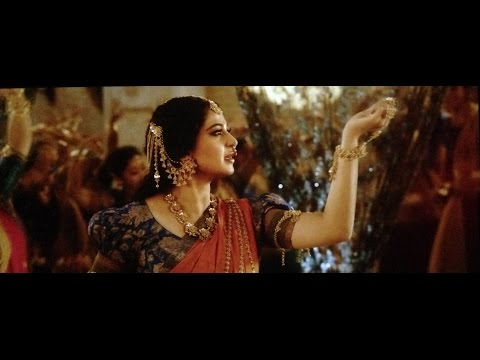 Kanha soja jara hindi BAHUBALI 2 SONG with anuskha photobook