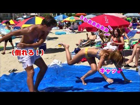 【神企画】水着美女とローション相撲対決したら、ハプニング連発!?ww