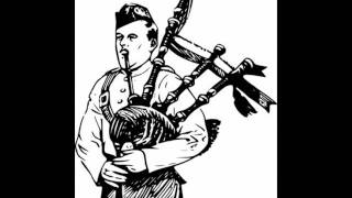 The Pipes e Drums of Leanisch   Auld Lang Syne