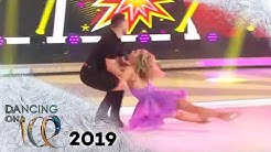 Lina Larissa Strahl erhält viel Lob nach energiegeladener Kür | FINALE | Dancing on Ice | SAT.1