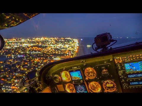 Flying over Houston at Night - Cessna 172